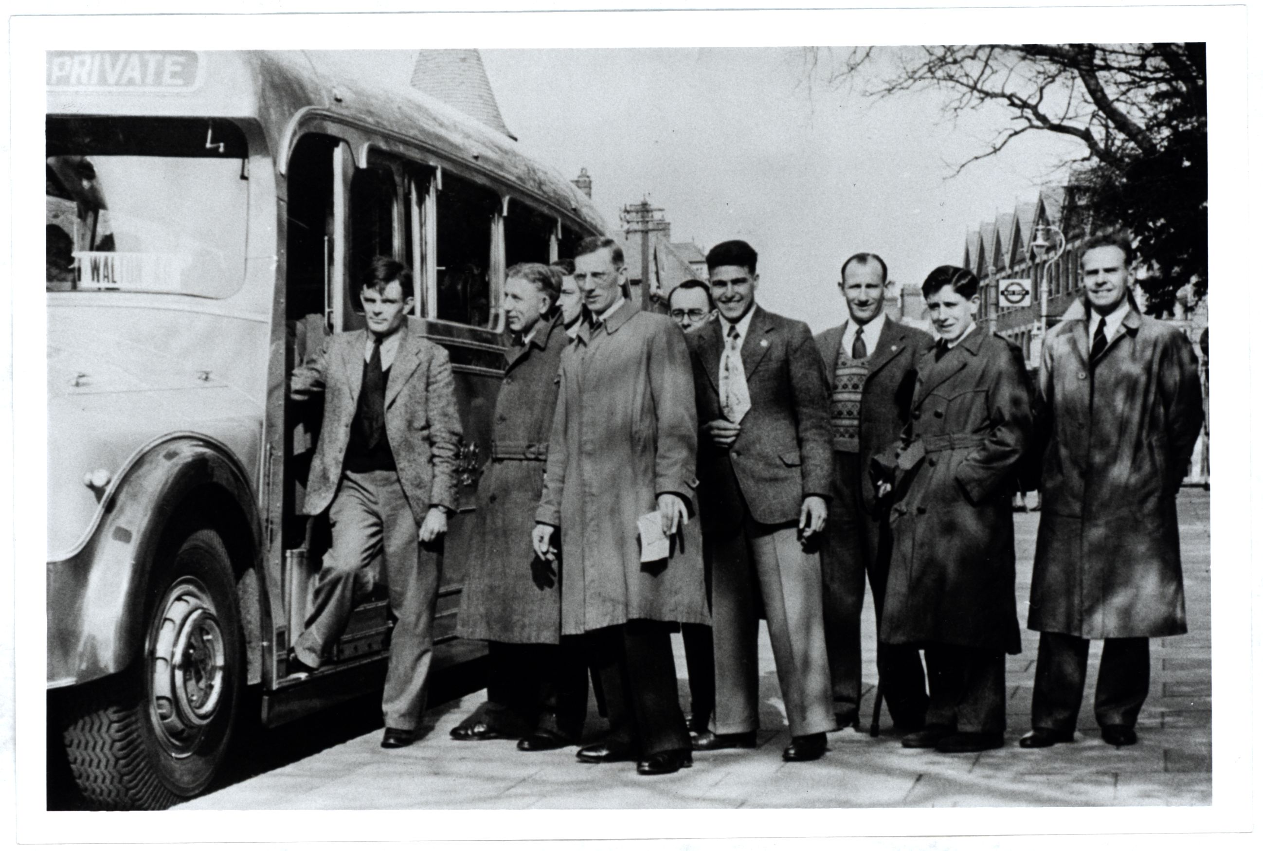 Turing with other members of the Walton Athletic Club, an amateur club based in Walton, Surrey. They were probably on their way to a meeting on a Saturday in 1946.  [AMT K/7/19]