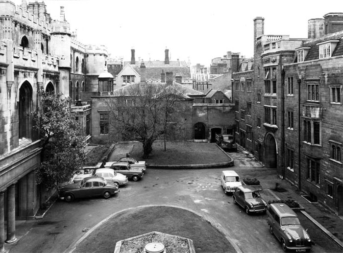 Webb's Court from the first floor of the Provost's Lodge (?Edward Leigh, c. 1960-1964; Coll-Ph-1145)