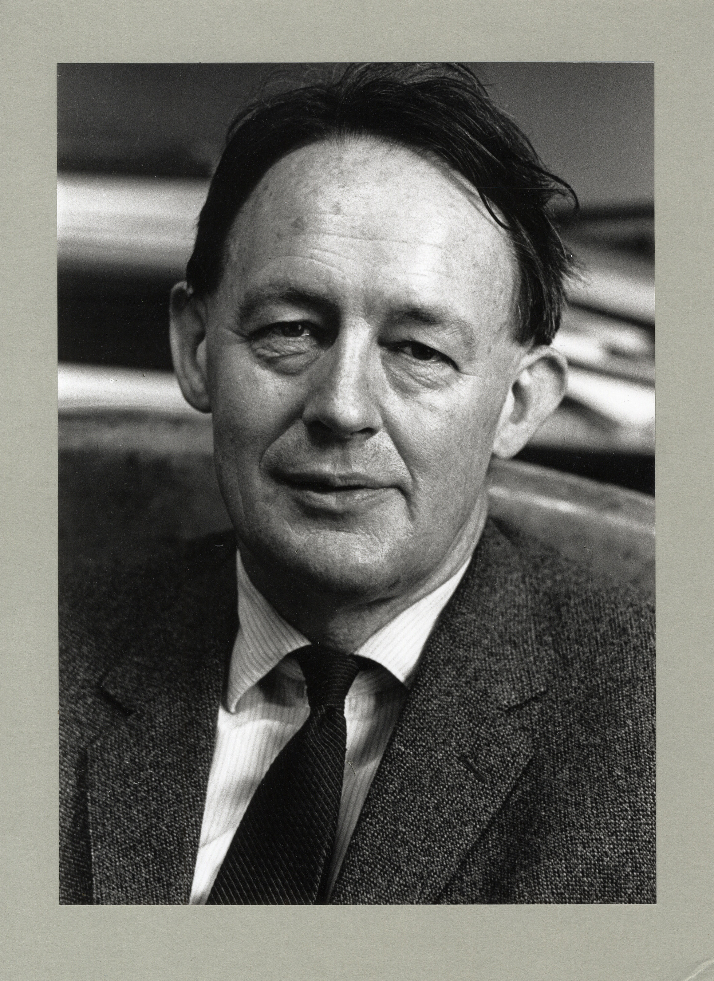 Edmund Leach, photograph taken by Robert Le Rougetel (Coll Photo 1312)
