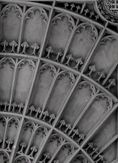 Close-up of the vaulting at the east end of the Chapel, showing the double arrow motif. Photograph: RCHM, 1949. [Coll-Ph-740-close-up]