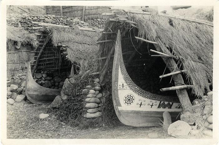 Chined Kulan boats, Botel Tobago (Leach, 1936-1937; ERL/4/15)