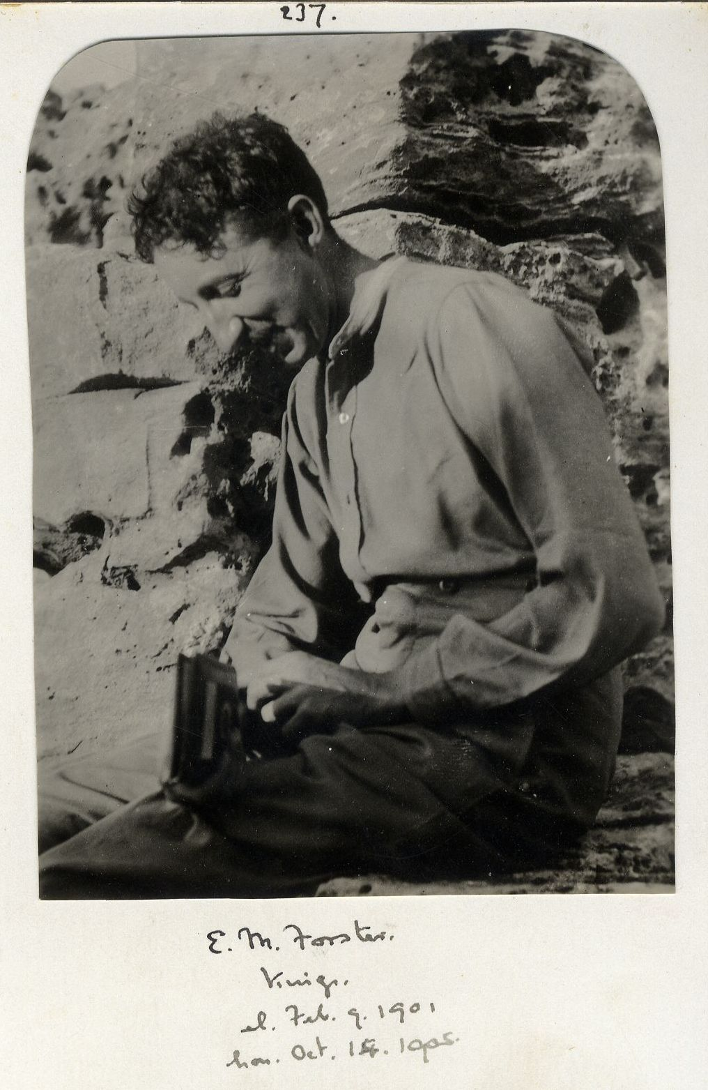 237: Forster, Edward Morgan. [KCAS/39/4/1, Photobook, p.72]