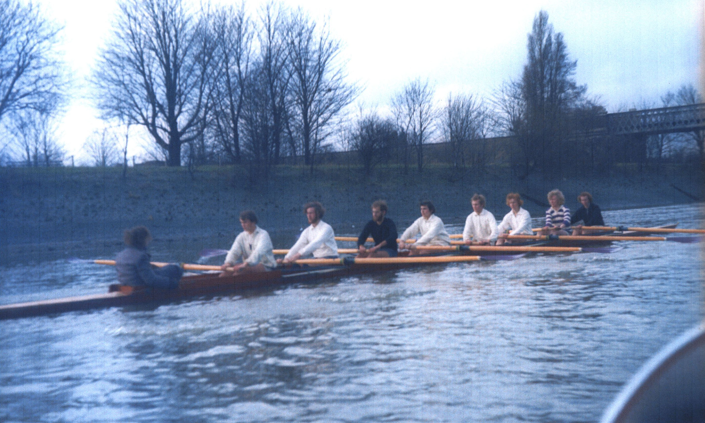 Photograph showing the race (probably on the Tideway) in 1974. [KCAS/5/4/1 (Sally Lund – 5, 1974)]