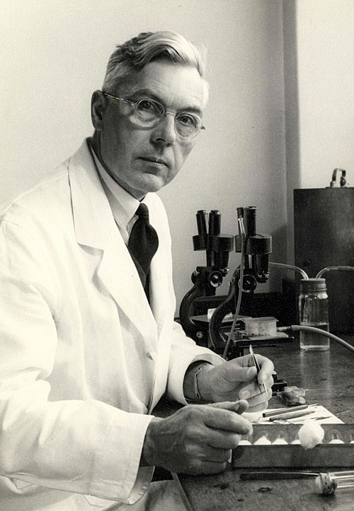 Dr George Salt, KC Fellow 1933 (photo: AC Barrington-Brown)