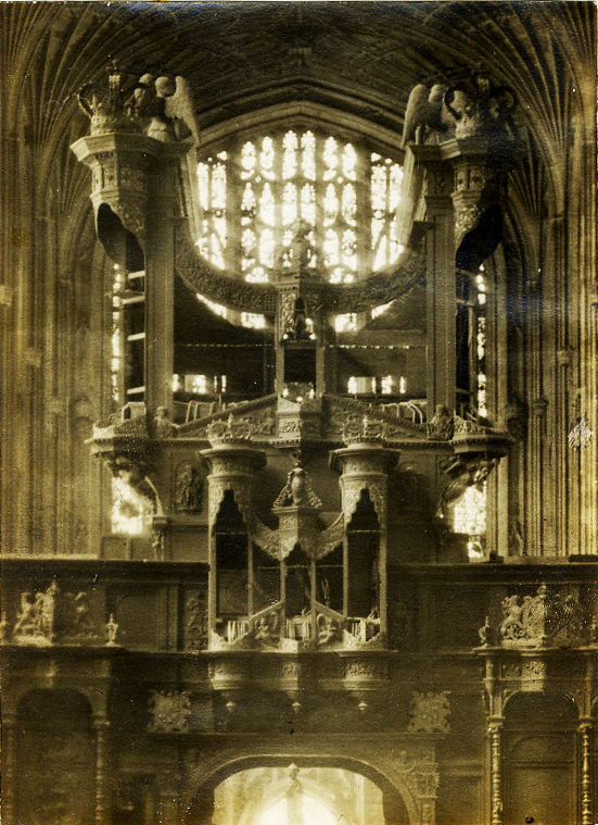 The organ in 1911 during rebuilding work of the organ by the firm William Hill.