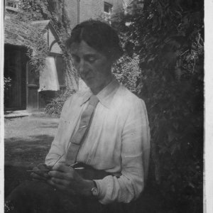 Photograph of Florence Barger, taken in August 1917 (EMF/27/346)