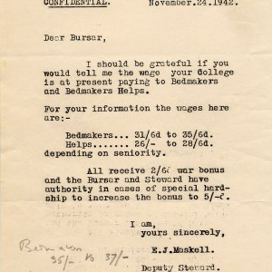 How much King's (in the annotations) and Emmanuel were paying their bedders, 24 November 1942. [KCAR/3/1/1/11/2]