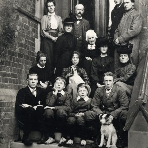 Group photograph of the Brooke and Cotterill families.  Richard, Rupert and Alfred Brooke are at the left of the front row,  Mary Ruth Brooke is at the left on the second row and William Parker Brooke is in the centre of the back. [RCB/Ph/9]