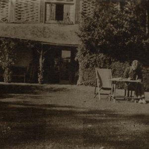 Rupert Brooke at the Old Vicarage Summer 1911, by Miss Linder. [RCB/Ph/128]
